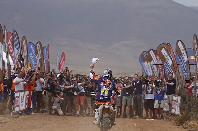 2014-dakar-13th-ktm-victory-in-a-row-coma-s-4th-win-photo-galleryvideo-medium 19