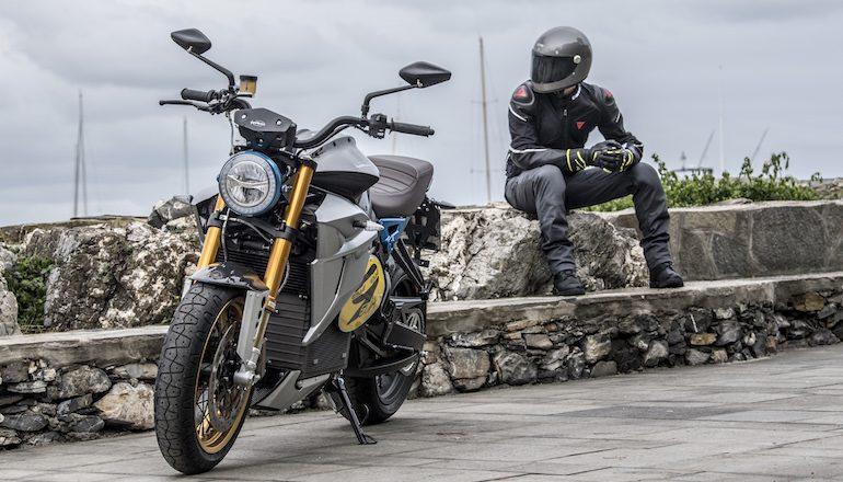 Нова технологија би можела тројно да го зголеми опсегот на батериите на мотоциклите