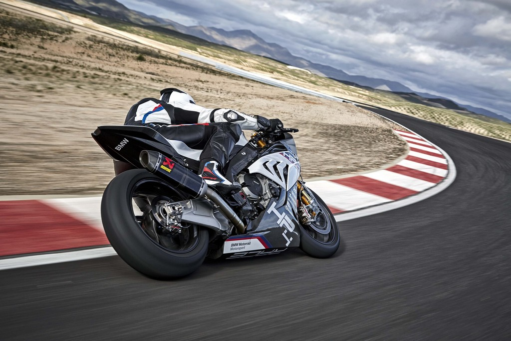 BMW HP4 Race 26