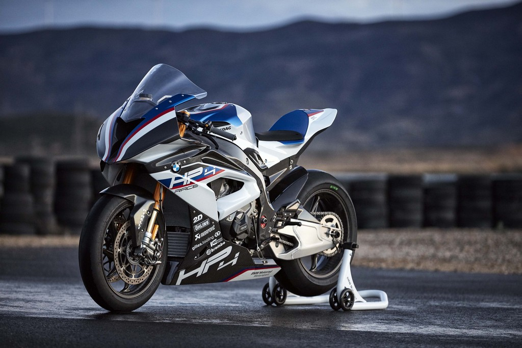 BMW HP4 Race 40