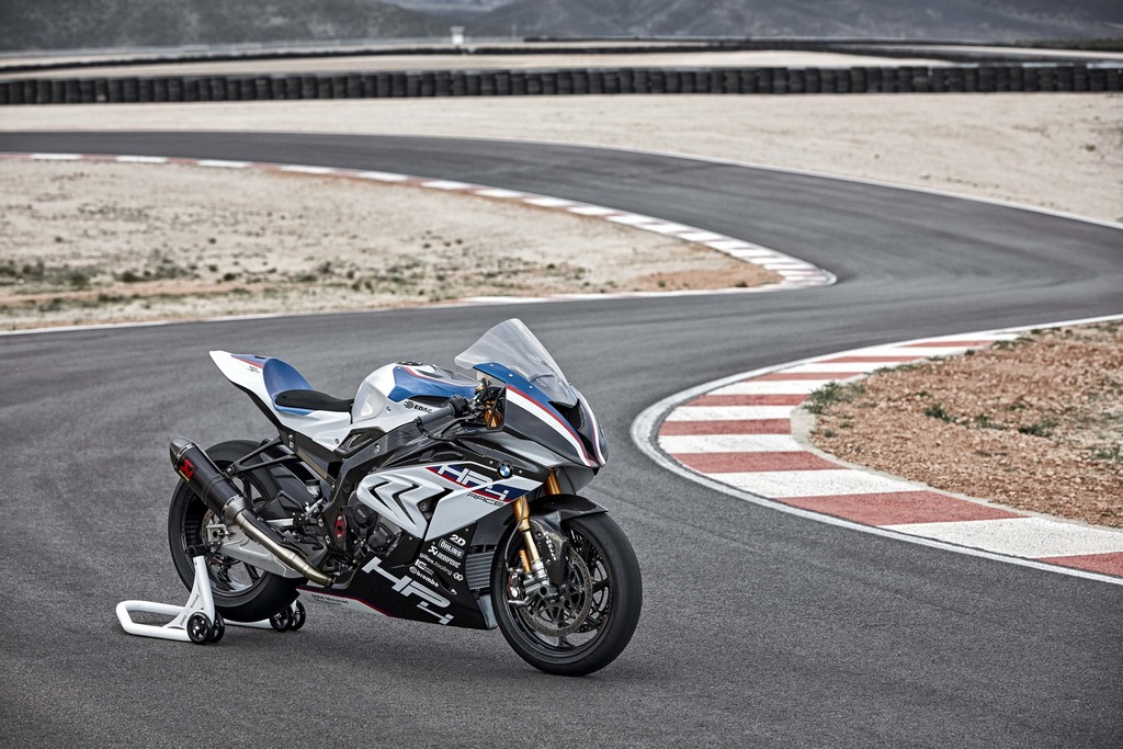BMW HP4 Race 41
