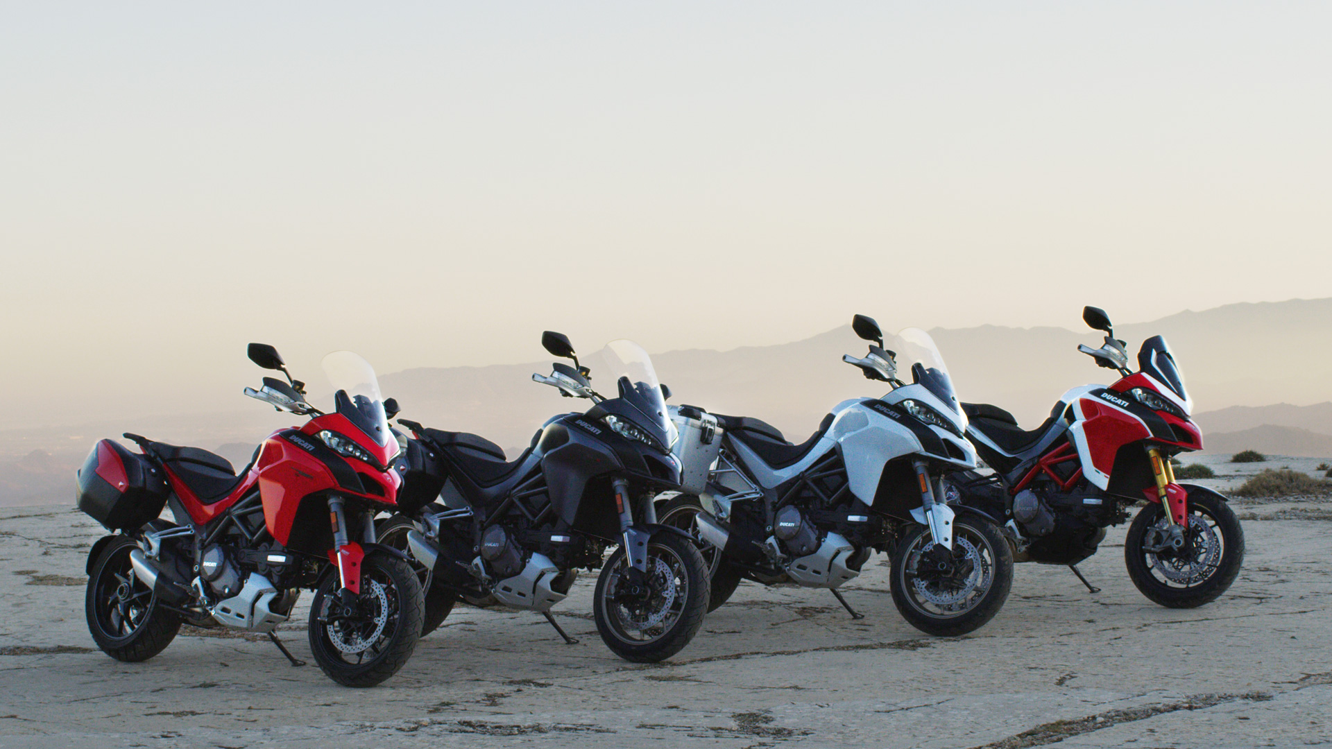 Multistrada 1260 MY18 50 Slider Gallery 1920x1080