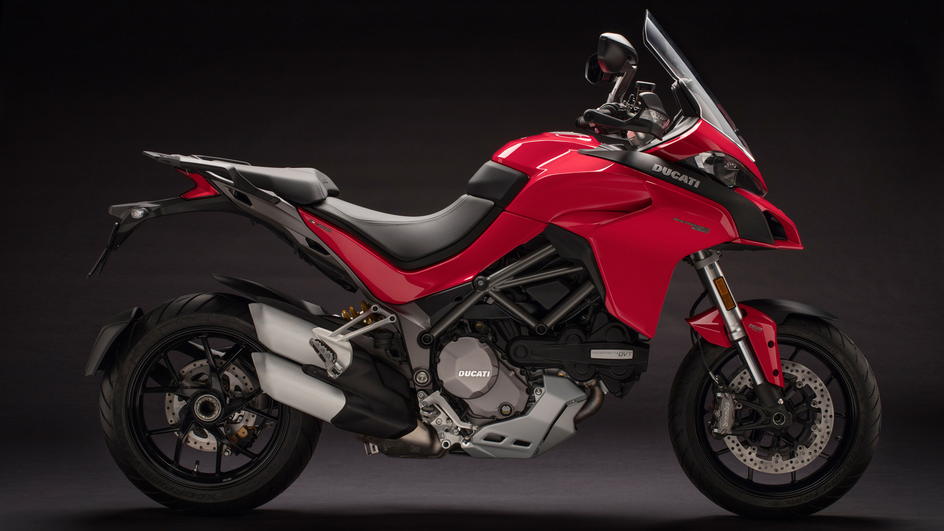 Multistrada 1260 MY18 Red 33 Slider Gallery 1920x1080