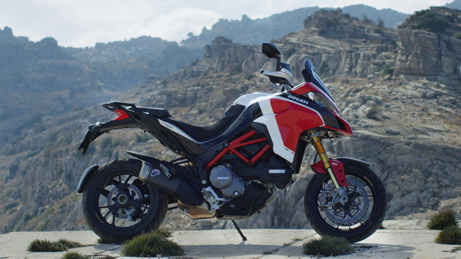 Multistrada 1260PikesPeak MY18 Red 01 Slider Gallery 906x510