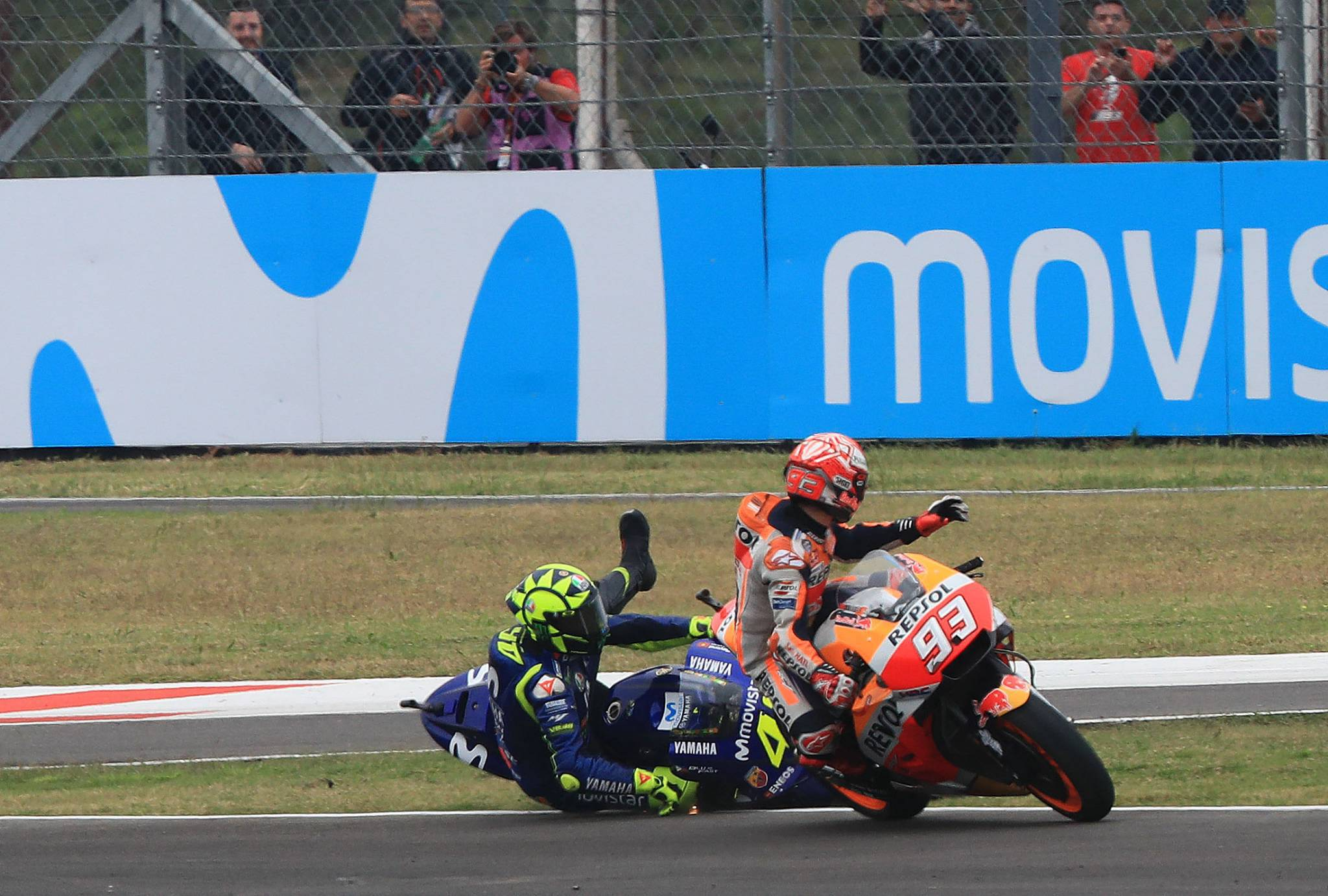 Honda  Жалиме поради ситуацијата меѓу Роси и Маркез