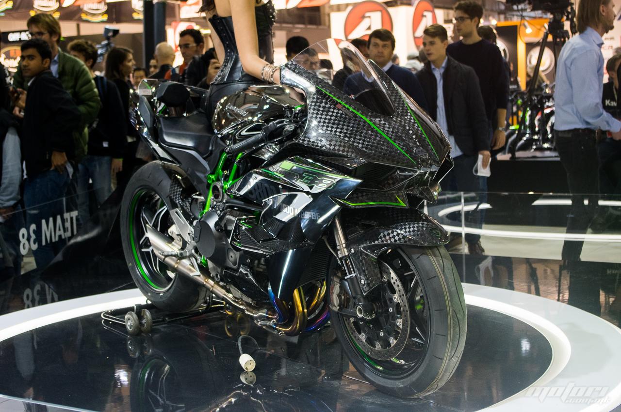Kawasaki Ninja H2 ќе се произведува и во 2018
