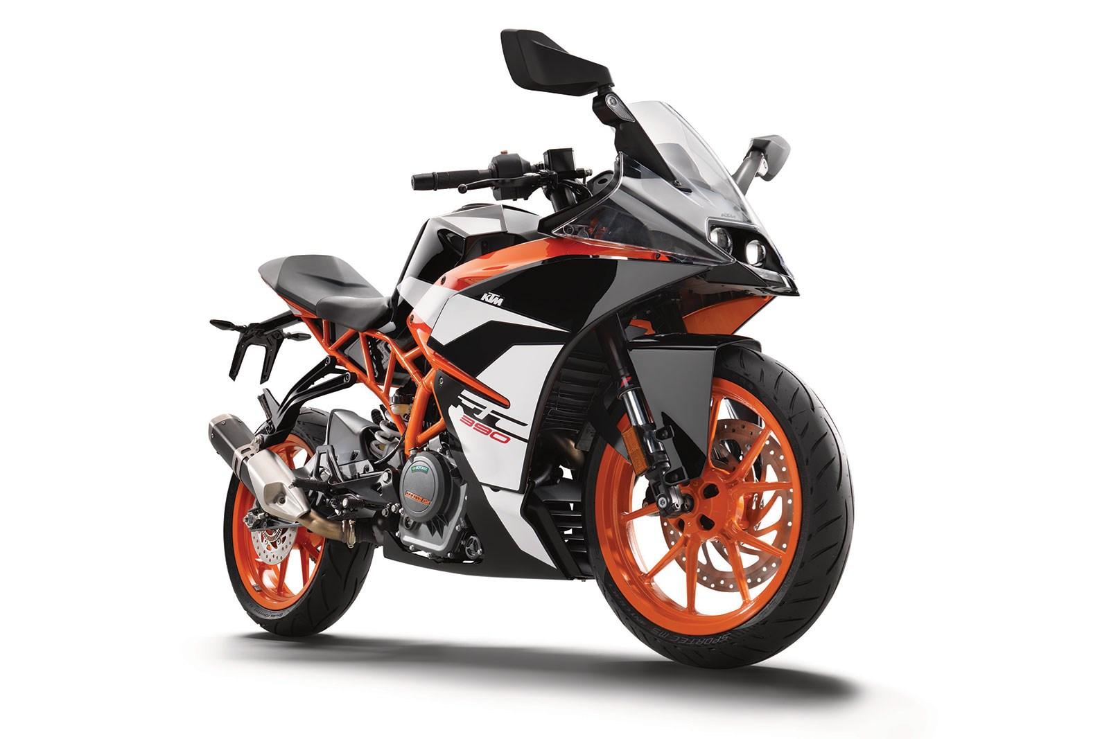 Топ 5 мотоцикли кои се возат со А2 категорија