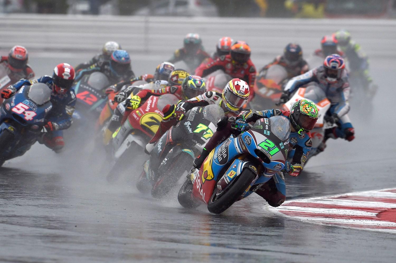 Moto2  Морбидели мора да продолжи да притиска после падот во Мисано