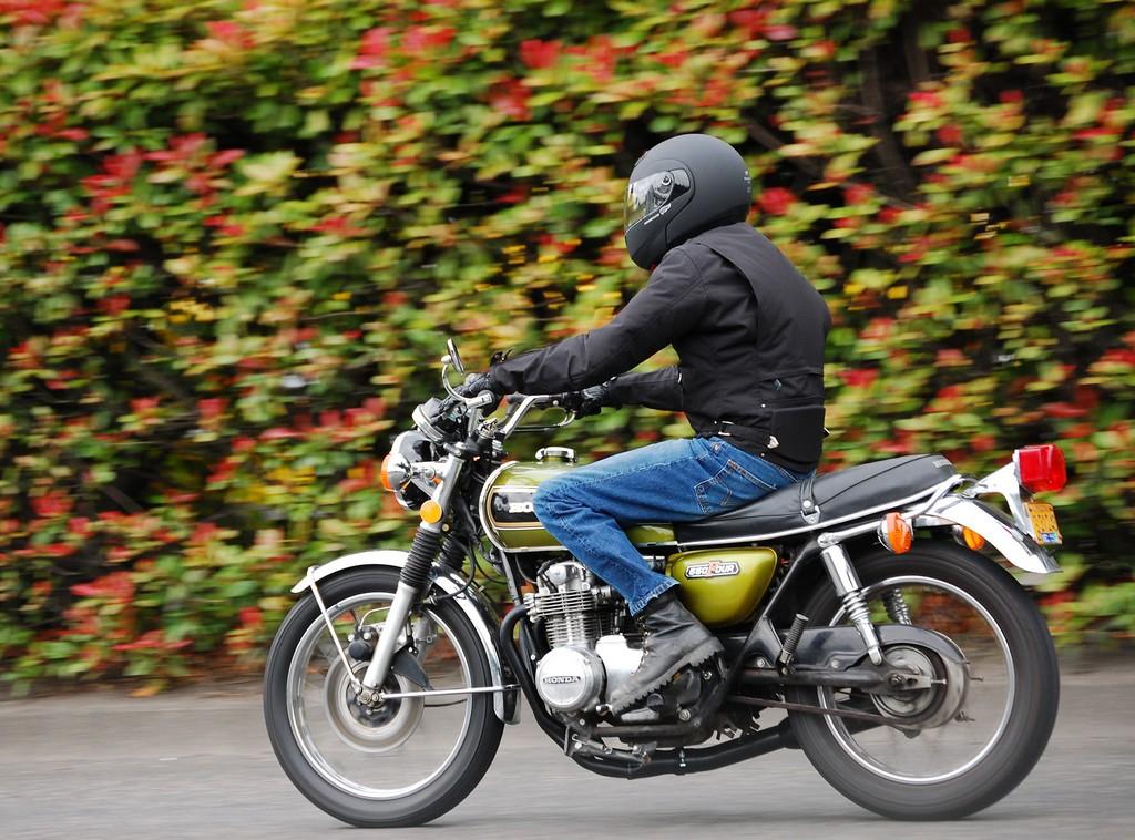 Истражување спроведено во Британија покажува дека возачите на мотоцикл се помалку подложни на стрес
