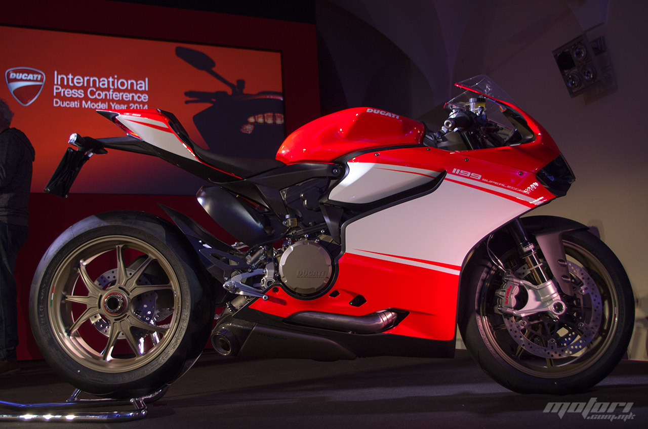 panigale-superleggera-1