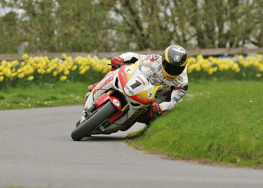 1557 Guy Martin Tourist Trophy